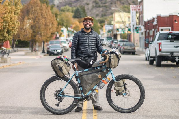Daniel Zaid y su bicicleta propotipo