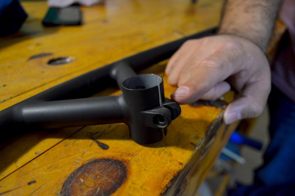 Un bullmoose, un manubrio especial que tuvo popularidad en la década de los 90's y que Atom Cycles ha comenzado a fabricar nuevamente en México